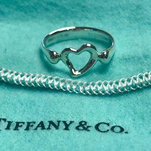 Tiffany & Co Elsa Peretti open heart ring